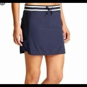 Athleta navy skort . Size 4